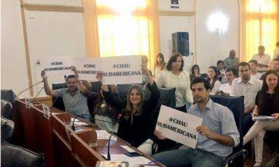 """Ediles del PJ proponen que se """"municipalice"""" el servicio de agua y cloacas"""