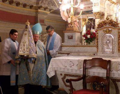 Con la bajada de la imagen de la Virgen, Catamarca comenzó a honrar a la Inmaculada Concepción