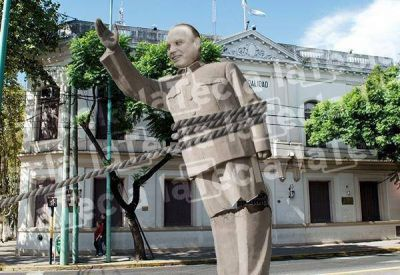 Fin de la era Othacehé: la Justicia avaló la destitución al frente de la Universidad del Oeste