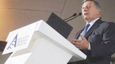 El Gobierno promete mantener el subsidio a las tarifas de gas a hogares