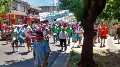 Tras la movilización, municipales de Moreno cuestionaron a Festa por negarse a atenderlos