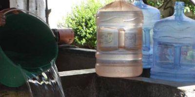 Aseguran que ABSA no da respuestas a vecinos de Villa Elvira que están sin agua hace más de 24 horas