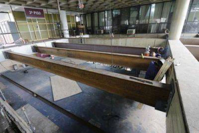 Remodelan el tercer piso del edificio municipal de Lanús