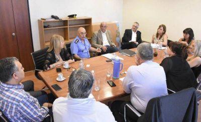 Los ministros explican el presupuesto a los diputados
