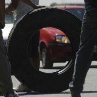 Desocupados de la Uocra cortan rutas en Añelo y Plaza Huincul