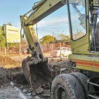 Corral recorre obras de desagüe en barrio Yapeyú