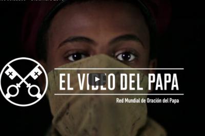 El video del Papa: rezar para que no existan más niños soldados