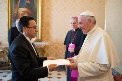 El embajador de Guatemala ante la Santa Sede presenta sus credenciales