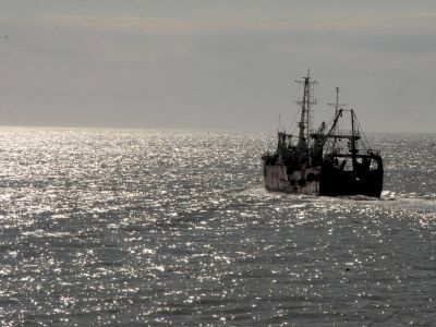 """Empresas pesqueras califican a las medidas del Gobierno como """"un paso adelante"""""""