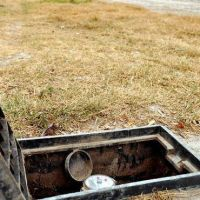 Si no hay agua que no la cobren, piden en Cinco Saltos