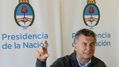 Un año de Macri: el 43% de la gente hace un balance negativo de la gestión y el 26% la ve bien