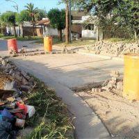La Municipalidad destaca el trabajo realizado pero los vecinos denuncian que hace 2 semanas están con la calle cortada