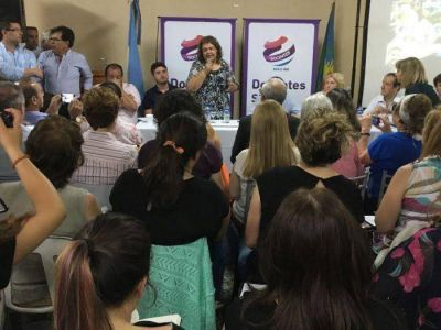 Presencia local en encuentro educativo provincial