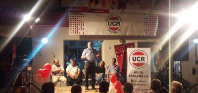 Salvador visitó Saladillo: habló con vecinos y encabezó acto del radicalismo seccional