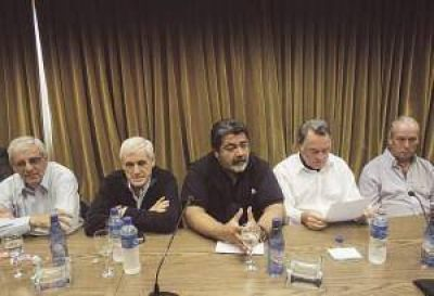 UOM, Uocra y Smata piden reacción del Gobierno por la crisis industrial