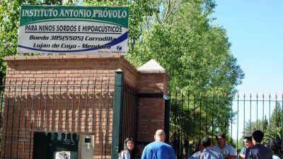 Abusos en Mendoza: la posición del Arzobispado provincial y las críticas de las víctimas