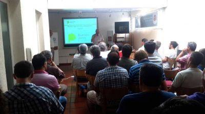 Más de 40 profesionales de la Ingeniería Agronómica participaron de la Jornada de Capacitación sobre Receta Fitosanitaria Digital (RAO)