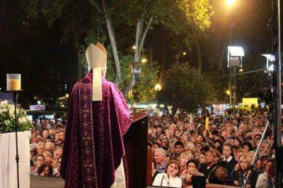 """Mons. Marino en la Marcha de la Esperanza: """"Jesús nos invita a salir de nuestra tibieza"""""""