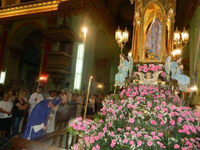 Continúan los honores a la Virgen del Valle