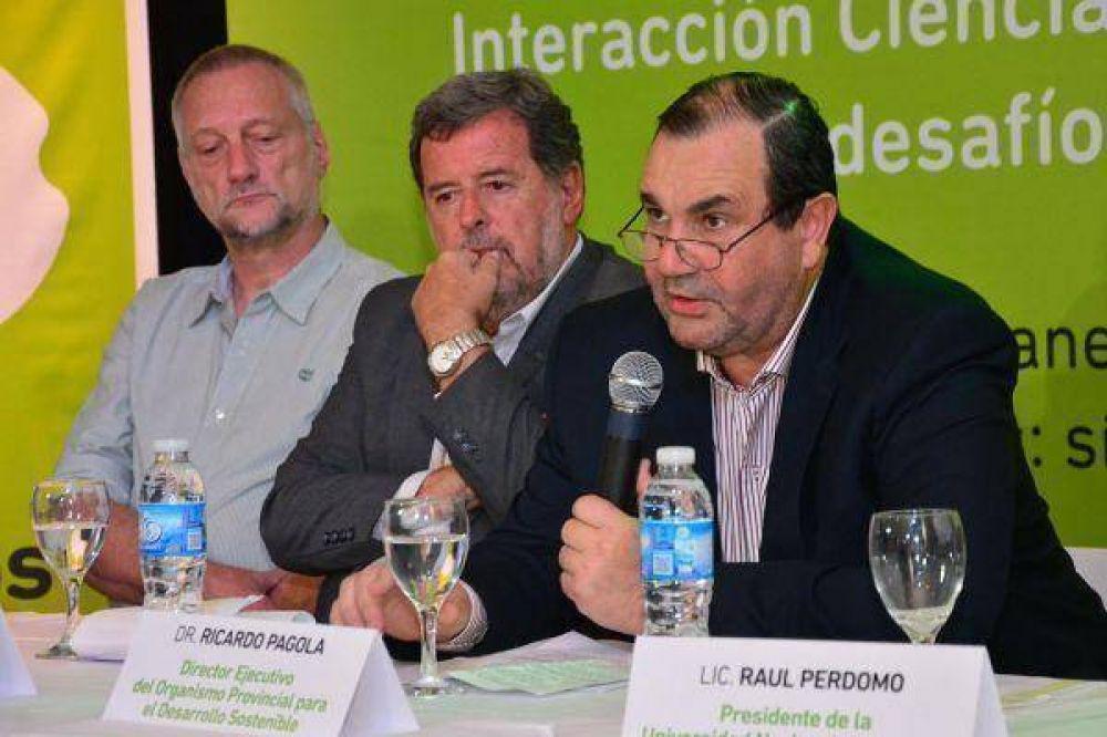 Científicos y políticos trabajan en conjunto sobre cambio climático