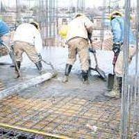 La construcción se frenó 13% en el año pero hay optimismo para obra pública en 2017