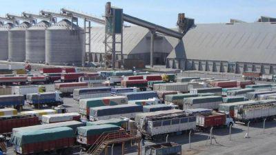 La reactivación del agro obliga al uso de casi un millón de camiones sólo en Rosario