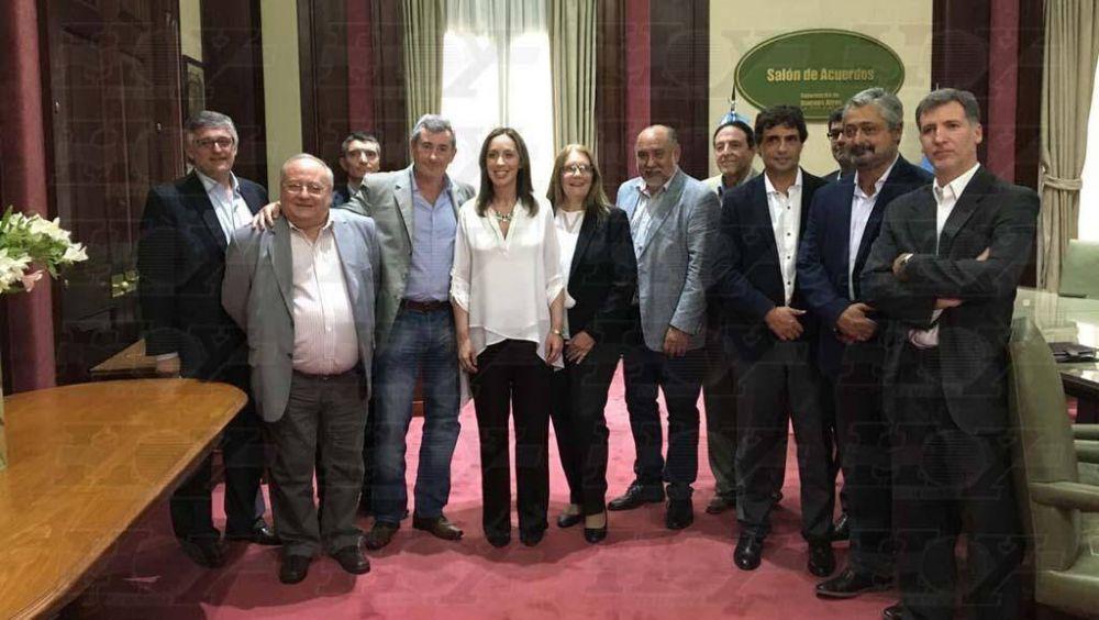Histórico e inédito acuerdo salarial de estatales bonaerenses