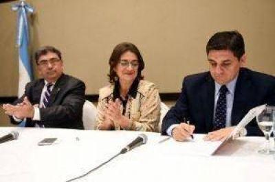 Corpacci dijo que hoy se definirá el bono para los empleados públicos