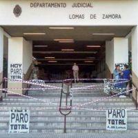 Judiciales iniciaron paro de 48 horas en reclamo por falta de convocatoria a paritarias