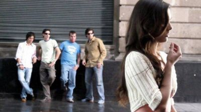 Es ley: multarán a quienes cometan acoso sexual callejero en la Ciudad