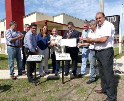 Villa Mantero. Grupo de municipales accedió a la casa propia