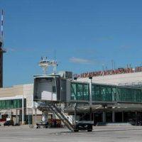 Qué obras se realizaron en el aeropuerto y en cuánto se ampliaron los vuelos