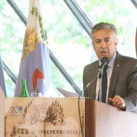 Cornejo: convocatoria a paritarias y jury a Orozco