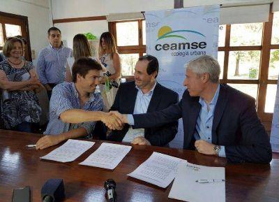 Ceamse firmó convenio con el municipio de Mercedes y OPDS para el cierre del basural municipal