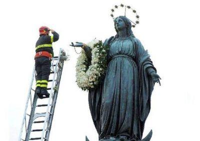 Papa: recen conmigo a los pies de la Inmaculada, escuela de santidad y generoso servicio a la Iglesia y al mundo