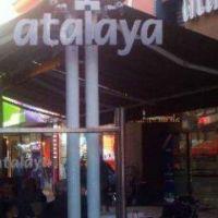 Un tradicional café de la peatonal cerró y despidió a 8 personas