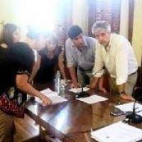 El oficialismo dio por aprobado el aumento de tasas pero la oposición pedirá su anulación