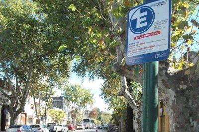 Se busca desalentar el estacionamiento céntrico