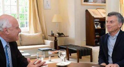 Lifschitz respaldó la postura de Macri sobre Ganancias
