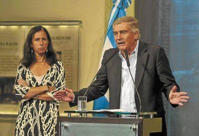 Escala la tensión Clarín-telefónicas al no lograr el Gobierno algún acuerdo