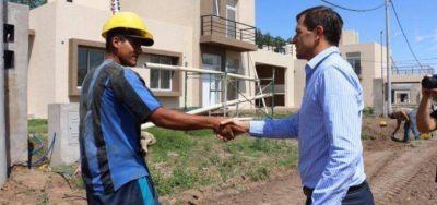 Bucca avanza con las obras en el Barrio ProCreAr de 181 viviendas