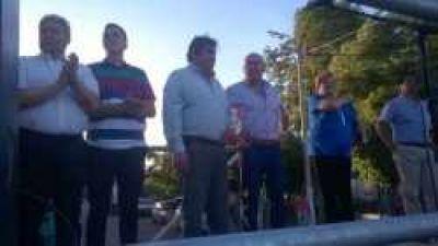 Anuncian la construcción de 40 viviendas y el asfaltado de 77 cuadras para Santa Isabel