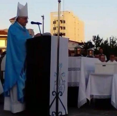 El nuncio apostólico llamó a la alegría de