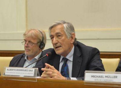 Alberto ratificó su propuesta de traer refugiados a San Luis