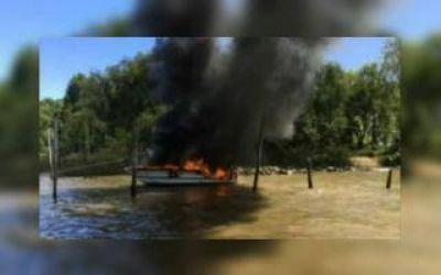 San Fernando: Tras una explosión, se incendiaron cuatro embarcaciones