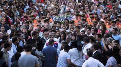 Más de 120 mil personas participaron de la celebración por el Día de la Virgen en Tigre