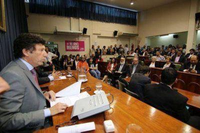 El oficialismo de San Isidro defiende el Presupuesto 2017 de Posse