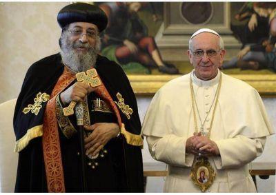 El Papa pide a la Guadalupana por víctimas en Egipto