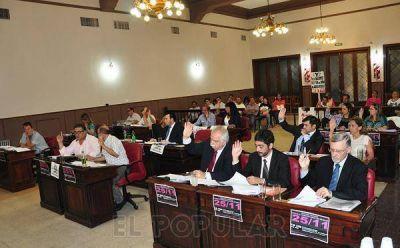 Galli anunció que promulgará la ordenanza contra la pirotecnia