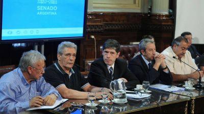 El Gobierno logró aplazar el debate por el Impuesto a las Ganancias en el Senado